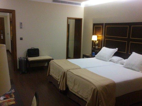 NH Gran Hotel Casino Extremadura: Gran habitación