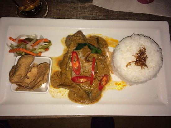 Cho Gao Restaurant and Lounge : Beef Indonesian style.