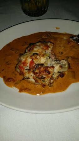 Del Frisco's Double Eagle: Crab cake with lobster sauce