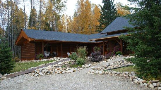 Moul Creek Lodge B & B : Blick auf die Lodge