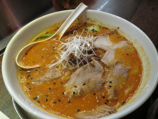 Naniwa: Tan Tan noodles