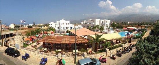 Yiannis Manos Apartments: ym