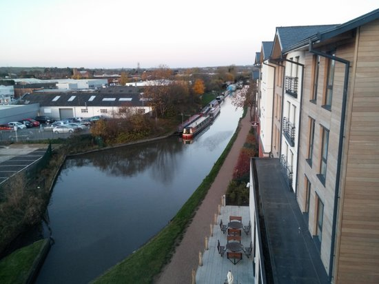 Premier Inn Stratford Upon Avon Waterways Hotel : great view