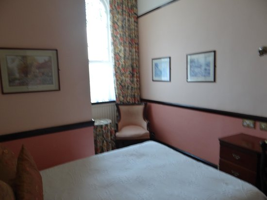 London Elizabeth Hotel: Habitacion doble