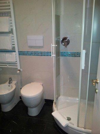 Hotel Caracciolo: Il bagno
