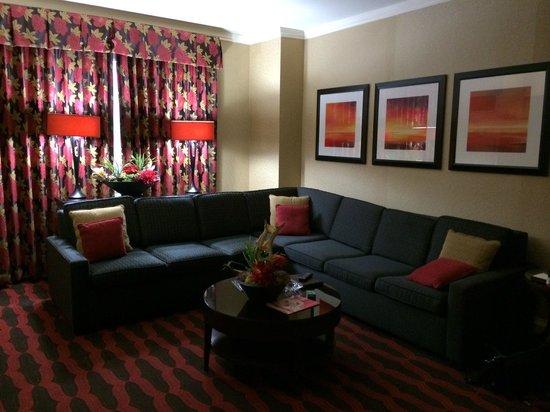 Eldorado Resort Casino: 18th floor living room