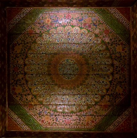 Riad Matham : Ceiling in our room