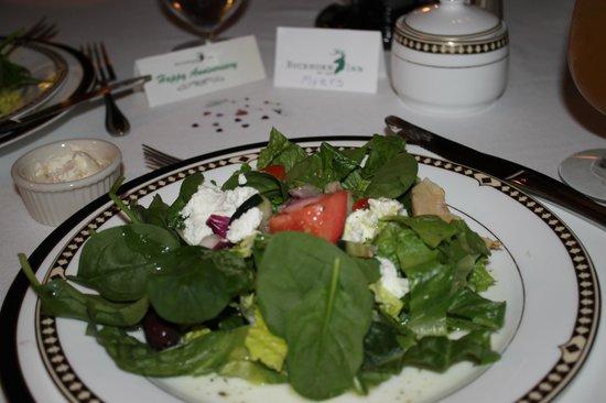 Buckhorn Inn: Greek Salad is DEVINE!