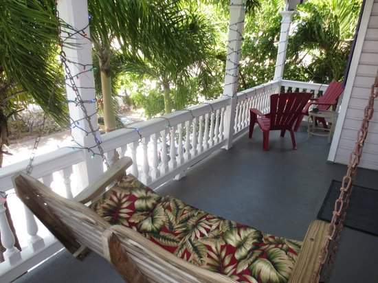 Marrero's Guest Mansion: Our porch