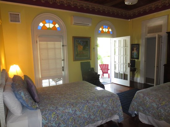 Marrero's Guest Mansion: Our room