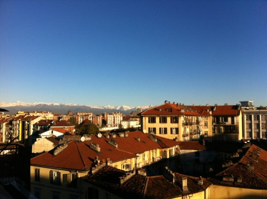 Hotel Alexandra : View over Torino to the dolomities