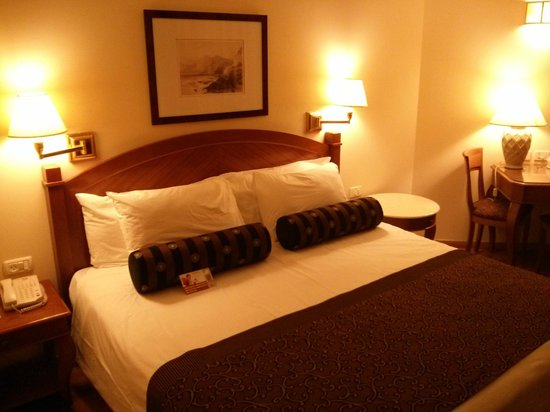 Crowne Plaza Hotel Haifa: bed
