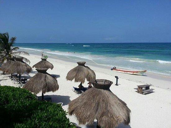 Zulum Beach Club + Cabanas: Cabañas Zulum, Agosto 2013. Este lugar es divino!