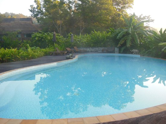Hmong Hilltribe Lodge : piscine