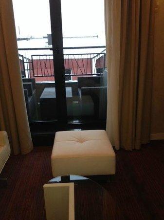 Crystal Hotel: Room
