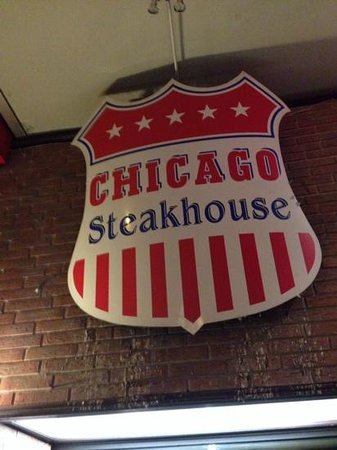 Chicago Steakhouse: shocking service with equally shocking food