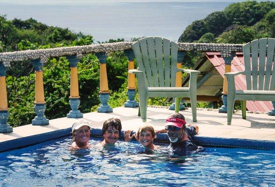 Brovilla Resort Hotel Restaurant: Chilling in the pool