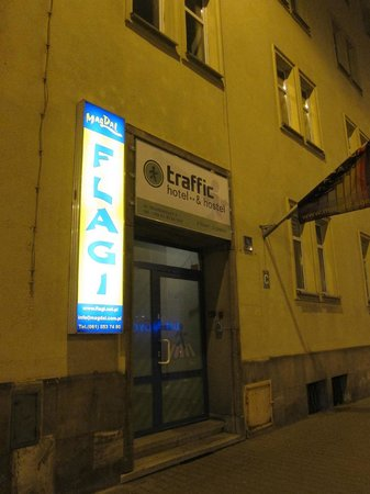 Traffic Hotel: Entrance to Traffic, which is on the third floor. Beware, no elevator!