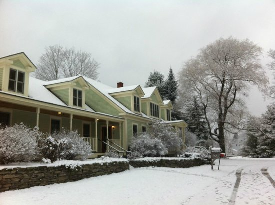 The Stepping Stones Inn: Sunday Morning Winter Wonderland