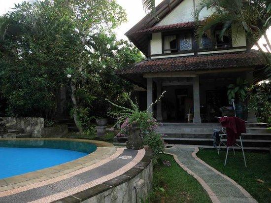 Bali Breeze Bungalows: Bambu House