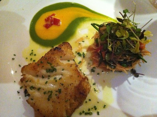 deseo at Westin Kierland Resort and Spa: Pan-Seared Halibut with Toasted Fideo
