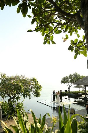 Bulgari Resort Bali: Water Wedding