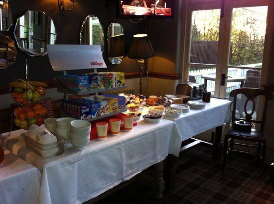 The Cheshire Cat: Breakfast is served full English too!! Great way to start the day