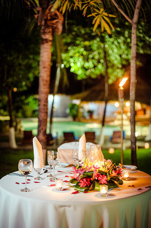 Bahia del Sol Beach Front Hotel & Suites: Beautiful setting for love