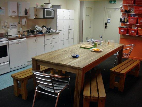 Trek Global: Kitchen