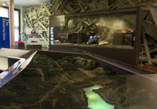 Johnstown Flood Museum: model and artifacts