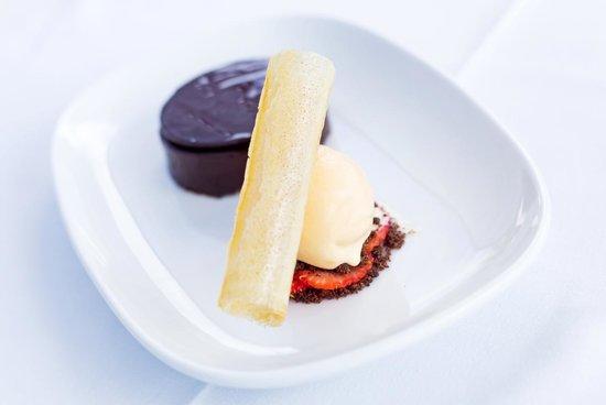 Capella Lodge: Premium Dining