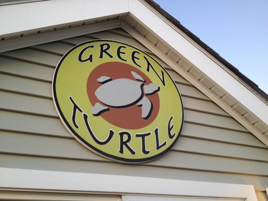 Green Turtle Floating Bed and Breakfast: Outside Sign