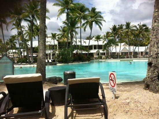Sheraton Mirage Port Douglas Resort: Main Pool Area