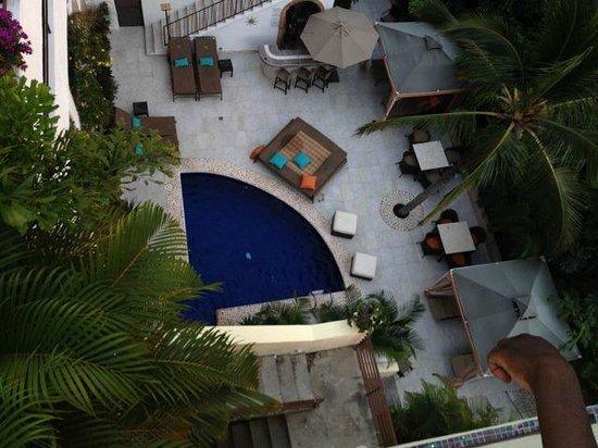 Casa Cupula: the main level pool area