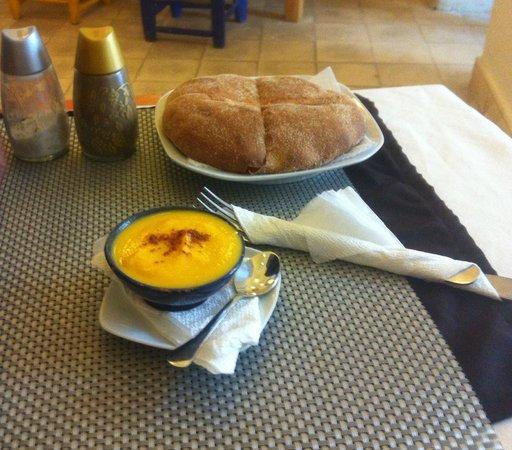 Tara Café : Soupe d'acceuil