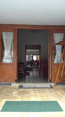 hasanah guest house prices inn reviews malang indonesia rh tripadvisor com