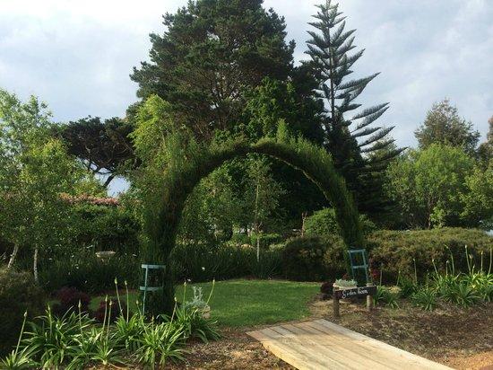 Celestine Retreat: Gardens Of Celestine