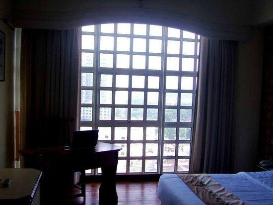 Syuen Hotel: The room