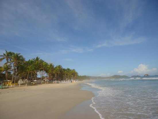 Vista de la playa del Hotel Hesperia playa El Agua