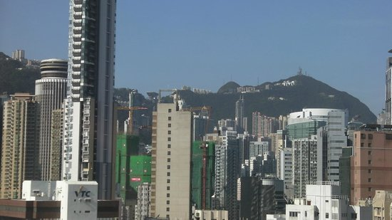South Pacific Hotel: View of Victoria Peak from Room