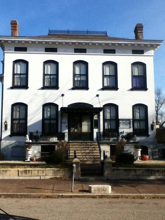 Lemp Mansion Restaurant & Inn: Lemp Mansion