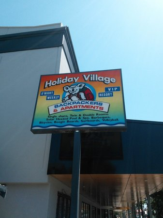 Backpackers Holiday Village: Holiday Village sign
