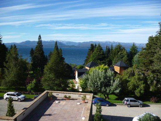 Hotel Villa Huinid Bustillo : Vista al lago desde la habitación