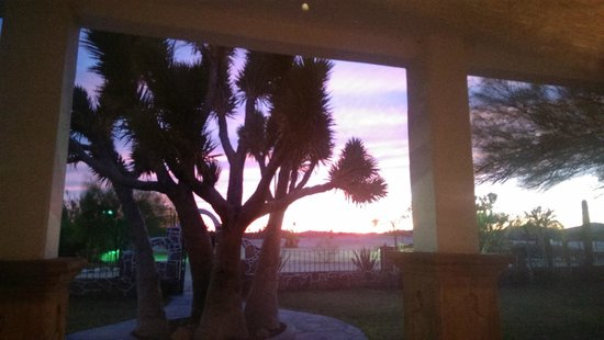 Hotel Mision Catavina: Sunset at the dining room