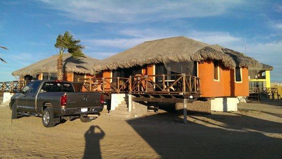 Hotel Villas Mar y Arena Ecotours : Two rooms per building