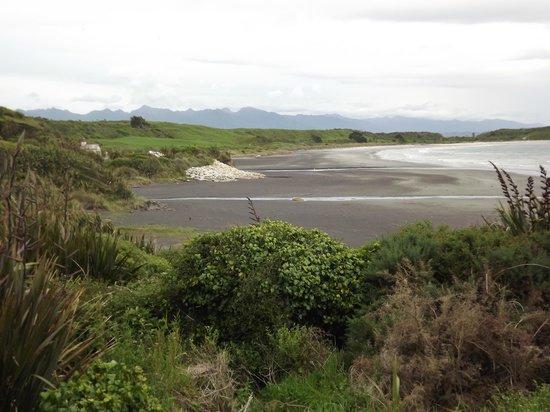 Cape Foulwind Walkway: Beach at Cape Foulwind