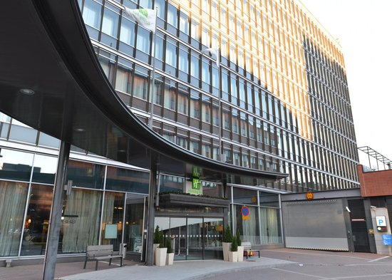 Holiday Inn Helsinki West-Ruoholahti: 外観