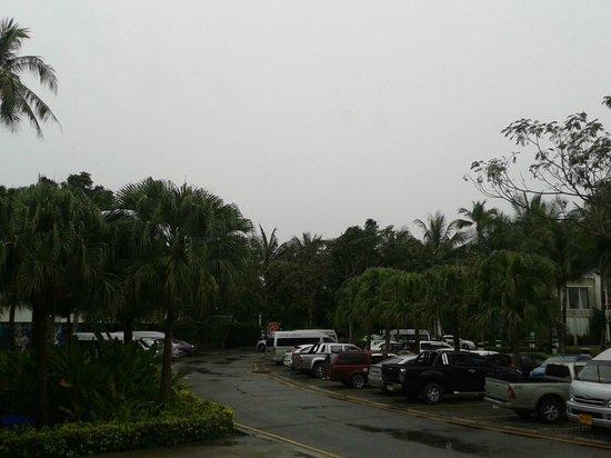 Centara Villas Phuket: около отеля