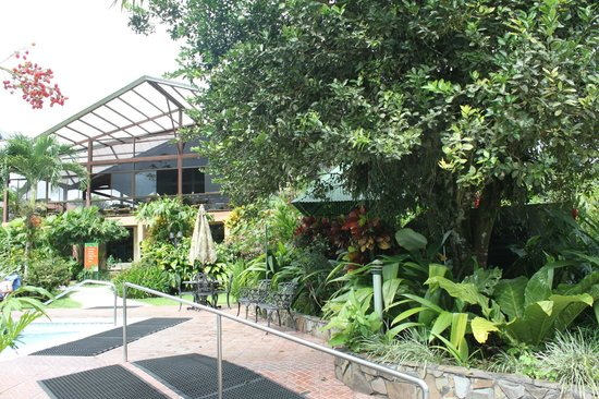 Arenal Springs Resort and Spa: View of the restuarant