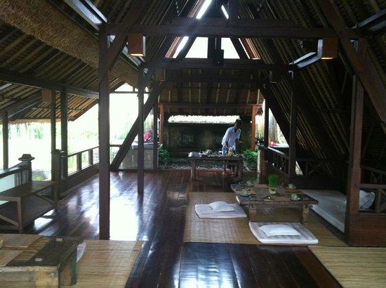 Wapa di Ume Resort and Spa: Upstairs restaurant